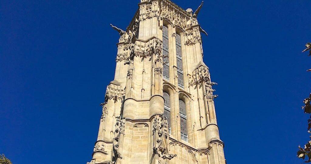 Foto desde el exterior de la Tour Saint-Jacques