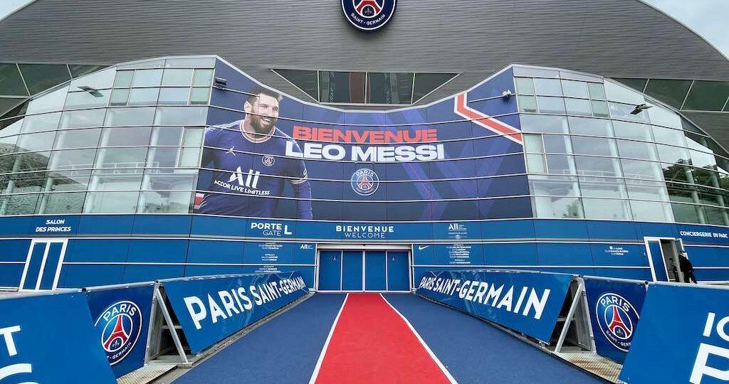 CAT7_Visitar_estadio_PSG_Paris_5